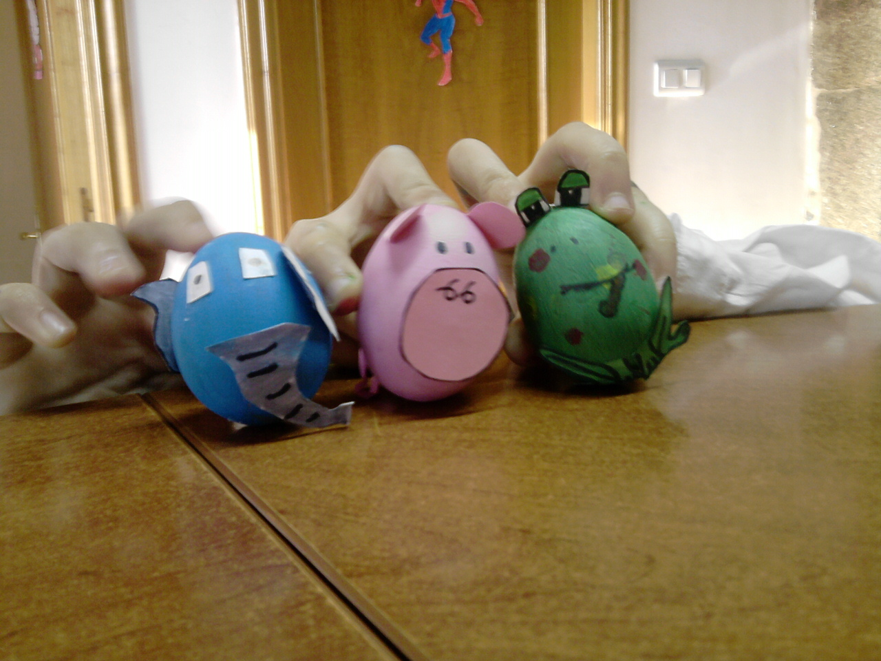 Huevos decorados recurso educativo 48760 tiching - Huevos decorados de pascua ...